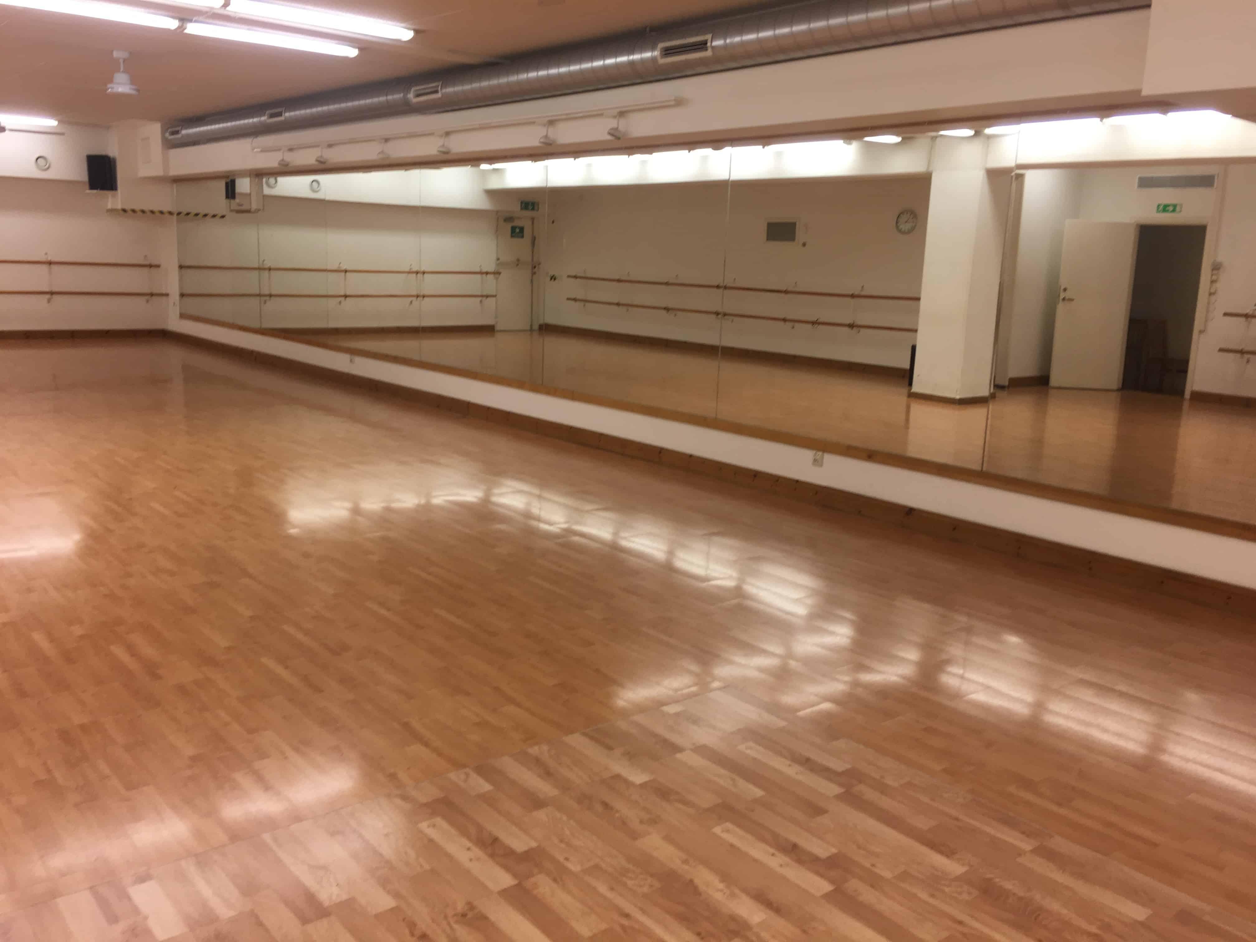 Studiosalsa Danssal 1